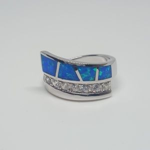 Jewelry - Sterling Silver Unique Ring